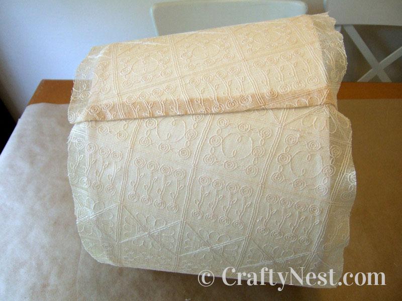 Fold and glue the edge of the fabric, photo