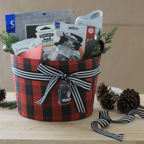 Ultimate commuter gift basket, photo
