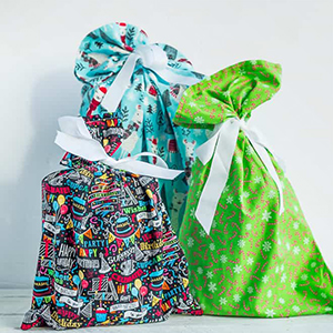 DIY fabric gift bags, photo