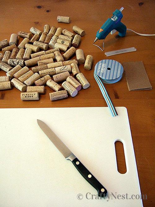 Supplies to make a wine cork trivet, photo