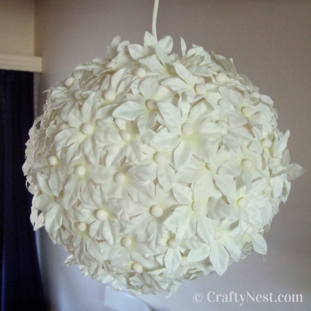 Hang the flower lantern, photo