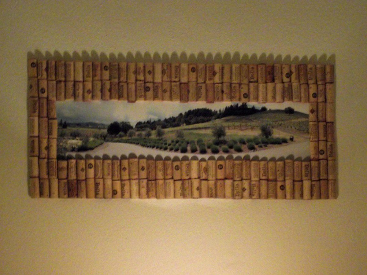 Lynn's wine cork photo frame