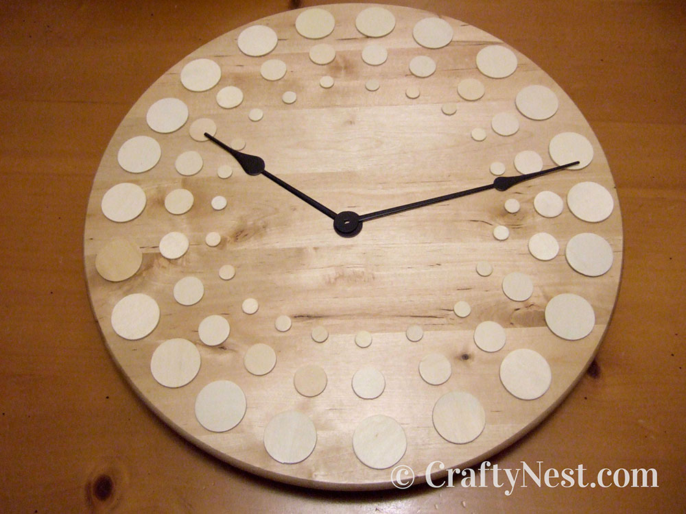 Circle pattern on the clock face, photo