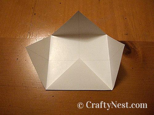 Folding a box, step 1, photo