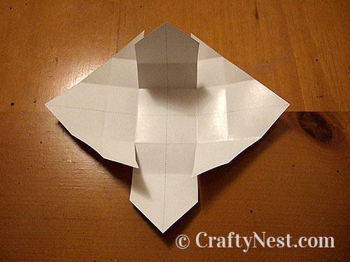 Folding a box, step 3, photo