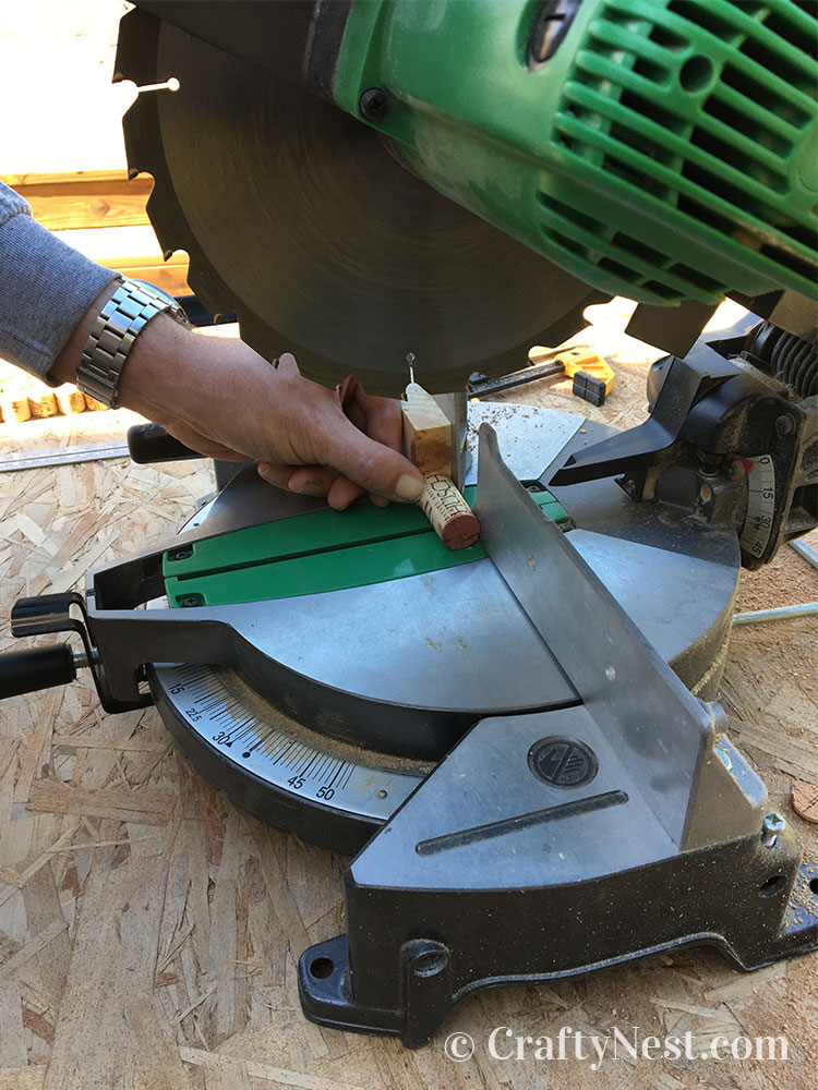 Cutting corks on a miter saw, photo
