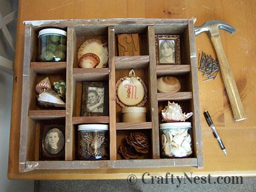 Arrange desired knickknacks, photo