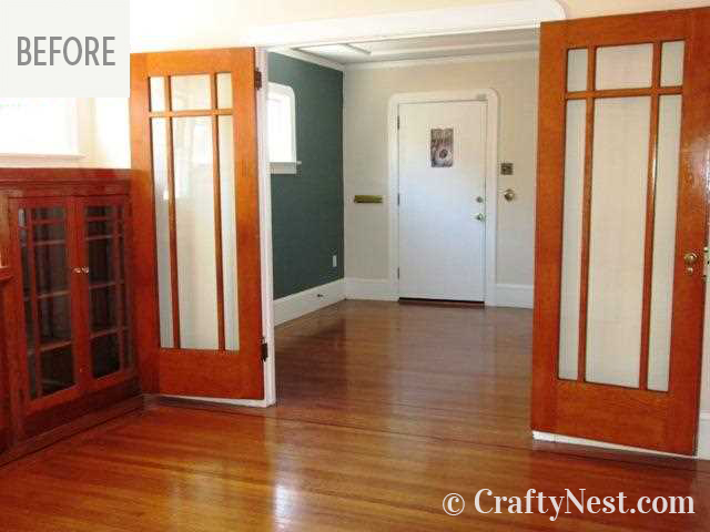 Doors from dining room to living room, photo