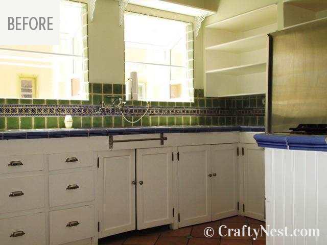 Kitchen sink and windows, photo