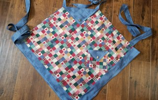 Triangle - Square Country Apron