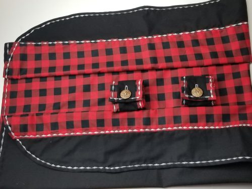 Baby seat cover button and seams