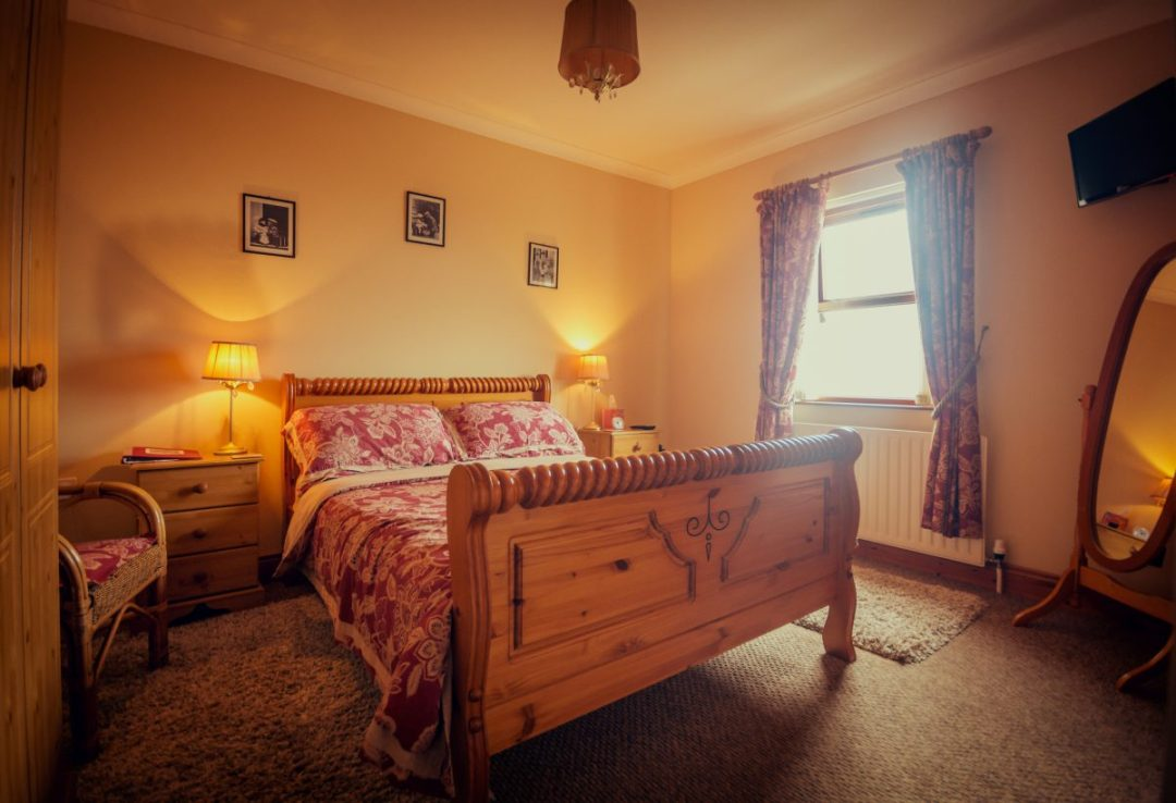 Craig Cottage Bed and Breakfast Bushmills County Antrim-6