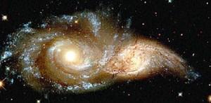 2 galassie che si stanno unendo (foto di Hubble)