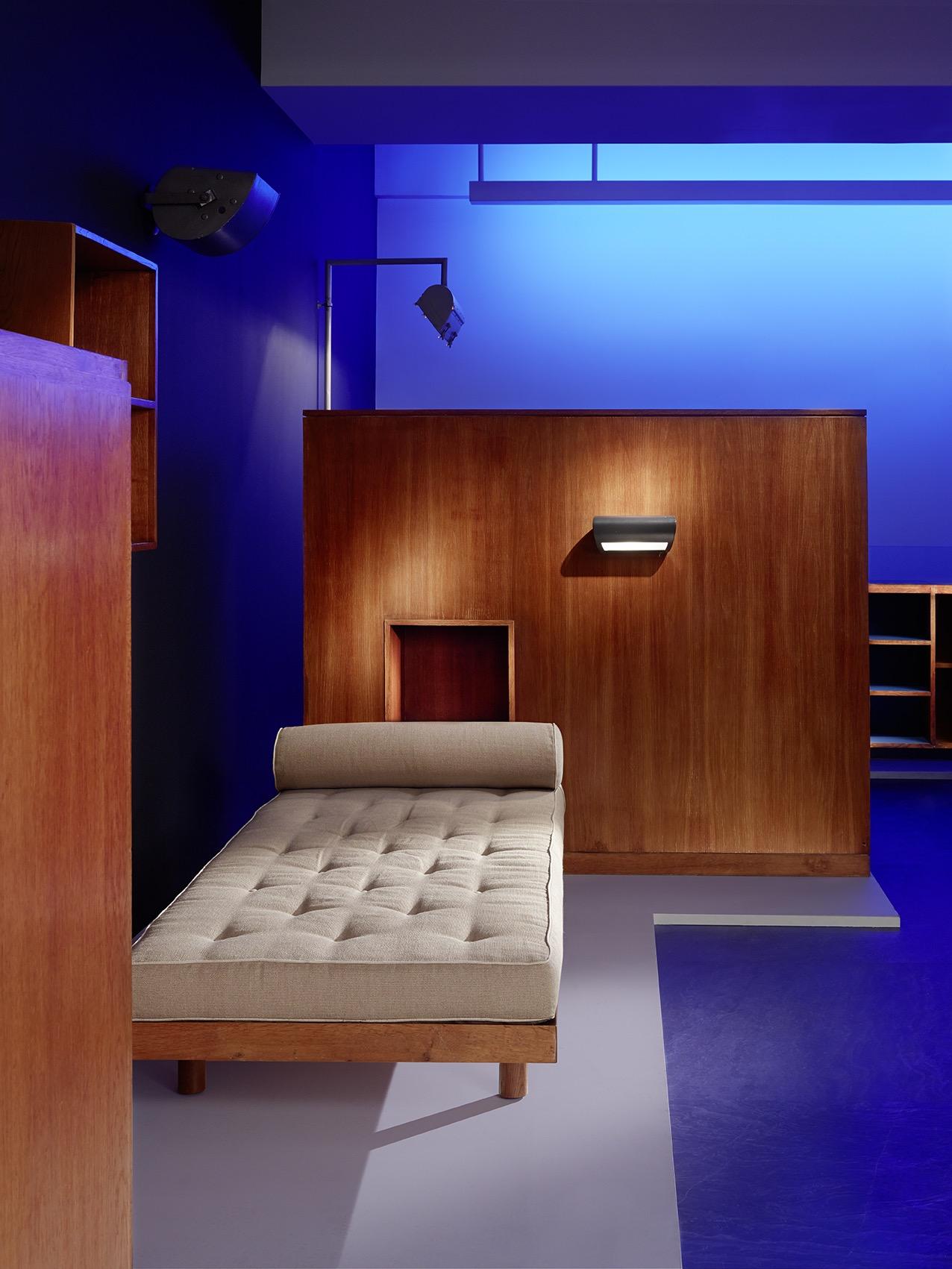 Paris Galerie Downtown Presents Le Corbusier Crash