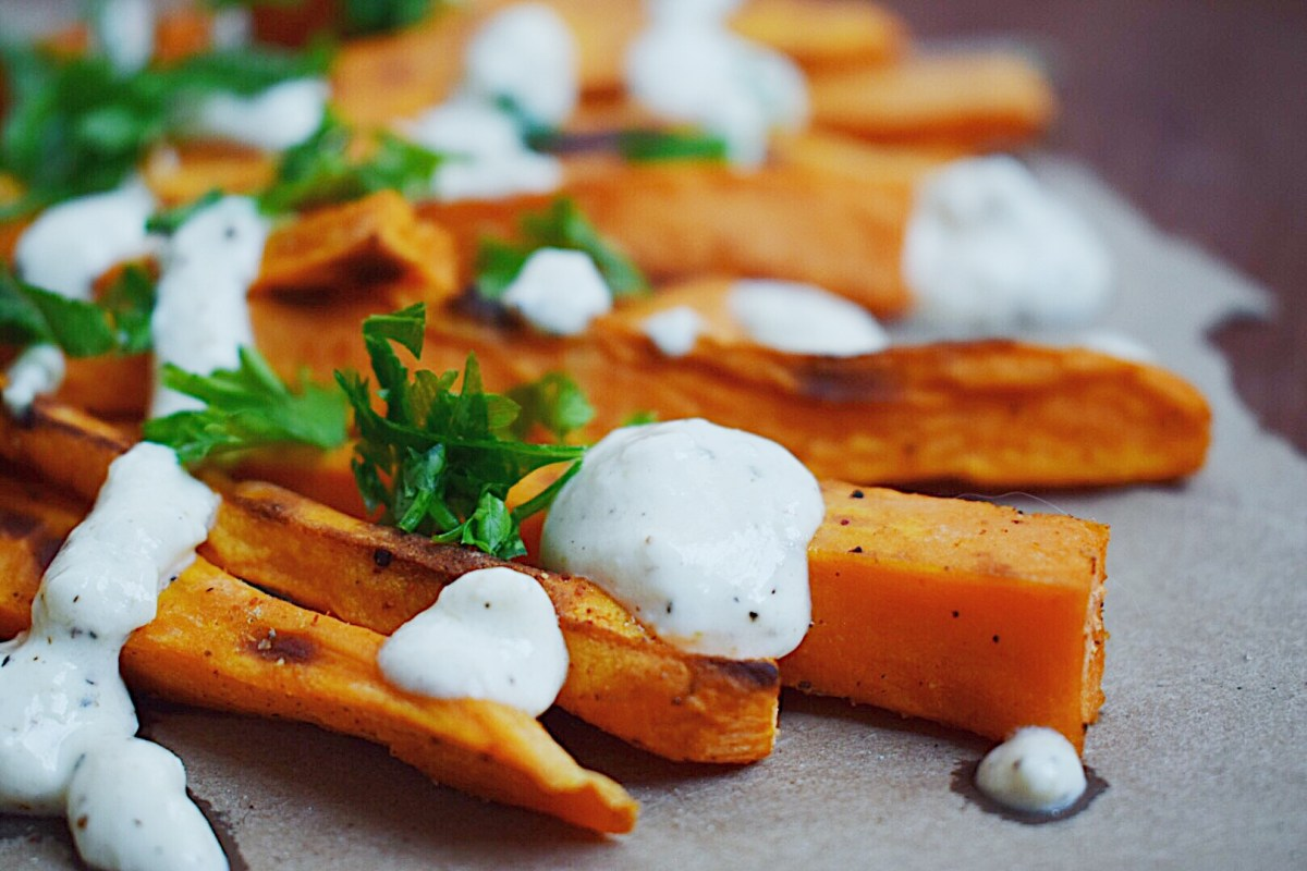 Crispy Sweet Potato Fries with Creamy Feta Dip