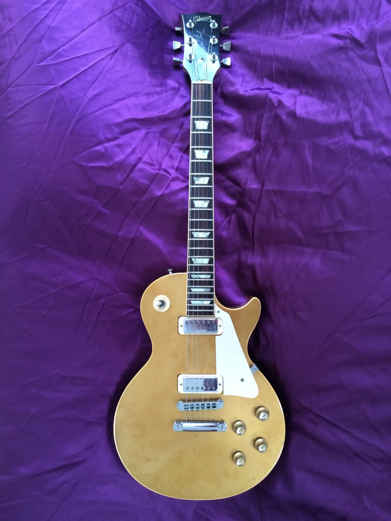 1977 Gibson Les Paul Deluxe Gold Top