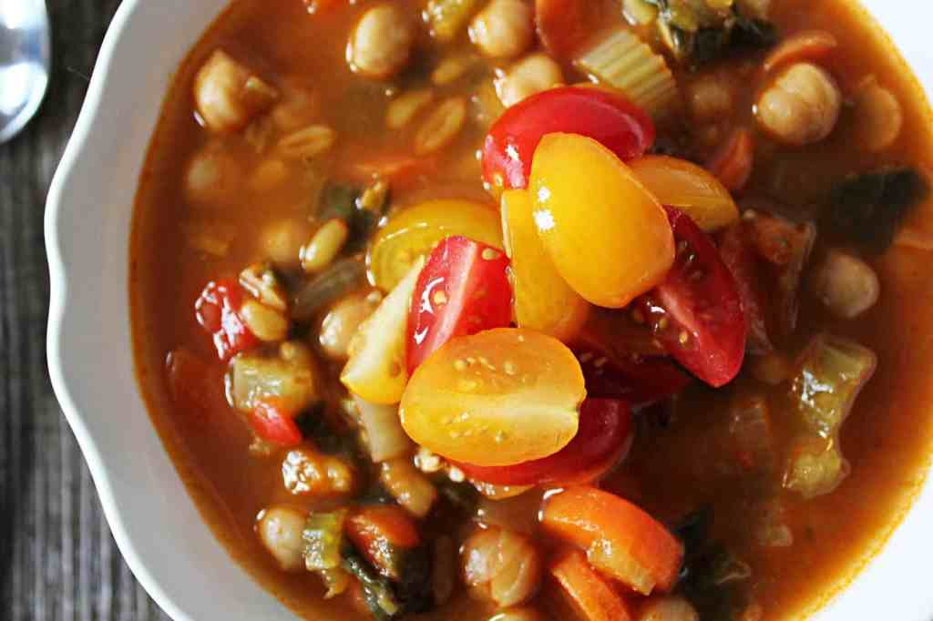 Spicy Kamut and Chickpea Stew. A hearty, healthy, vegan stew. Perfect for batch cooking and to expand your cooking horizons! | Cravethegood.com