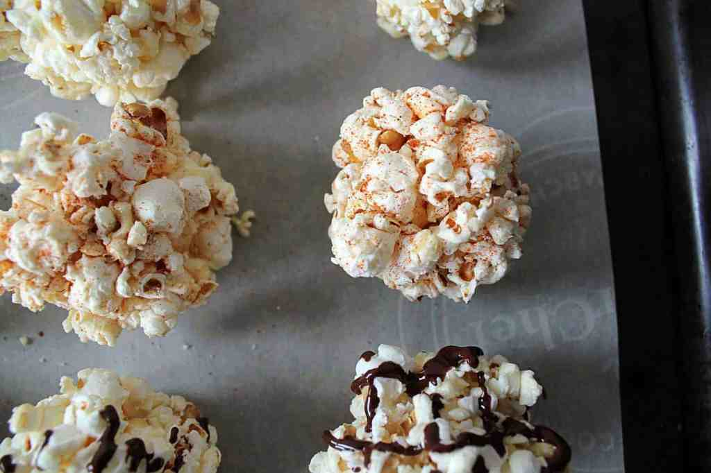 Healthy Popcorn Balls. 5 minutes, 3 ingredients,  and a delicious result. How can you go wrong? Gluten free, dairy free, refined sugar free, vegetarian, marshmallow free. | Cravethegood.com