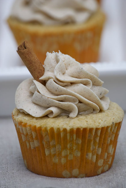 Vanilla-Chai-Cupcakes-with-Cinnamon-Buttercream-Frosting1