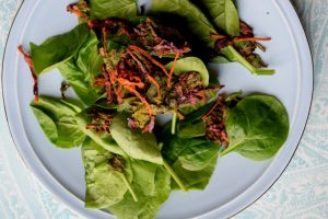 Spicy Spirulina, Spinach and Kale Chip Salad-005
