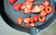 Cinnamon Paprika Crusted Chicken and Balsamic Roasted Strawberries-014