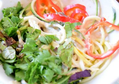 Raw Asian Noodle Salad-007