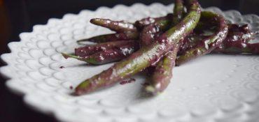 Burgundy Basil Beans-006