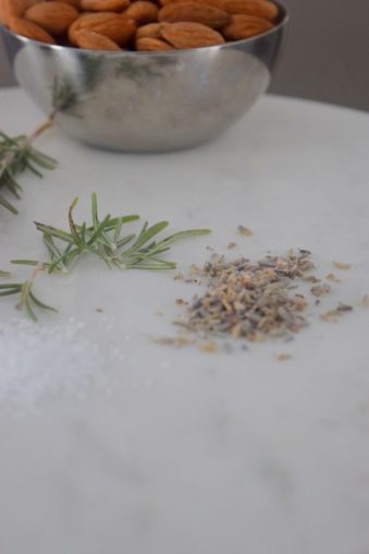 Rosemary Lavender Candied Almonds-001