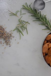 Rosemary Lavender Candied Almonds-002