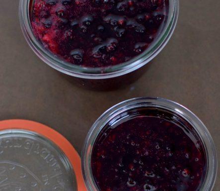 Easy Blackcurrant Jam-032