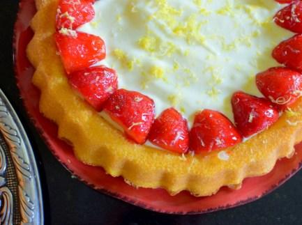 Lemon Custard Strawberry Tiara Cake-036