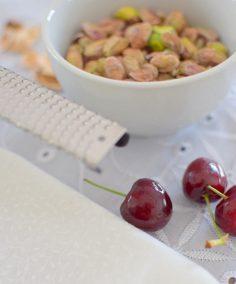 Pistachio Nutmeg Black Cherry Ice Cream-003