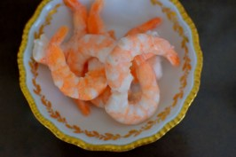 Spicy Lemon Tomato Broth Poached Shrimp-002