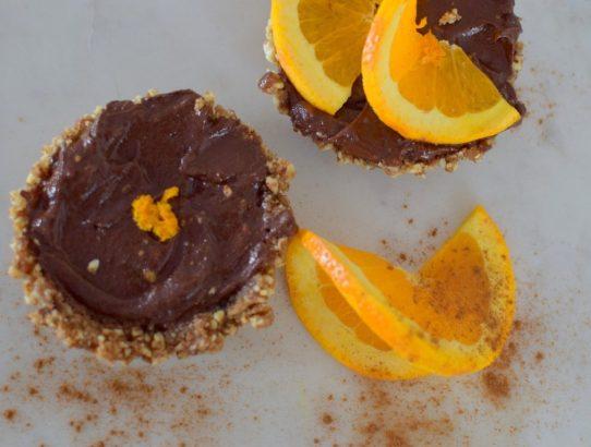 raw-orange-spiced-chocolate-tartlette-015