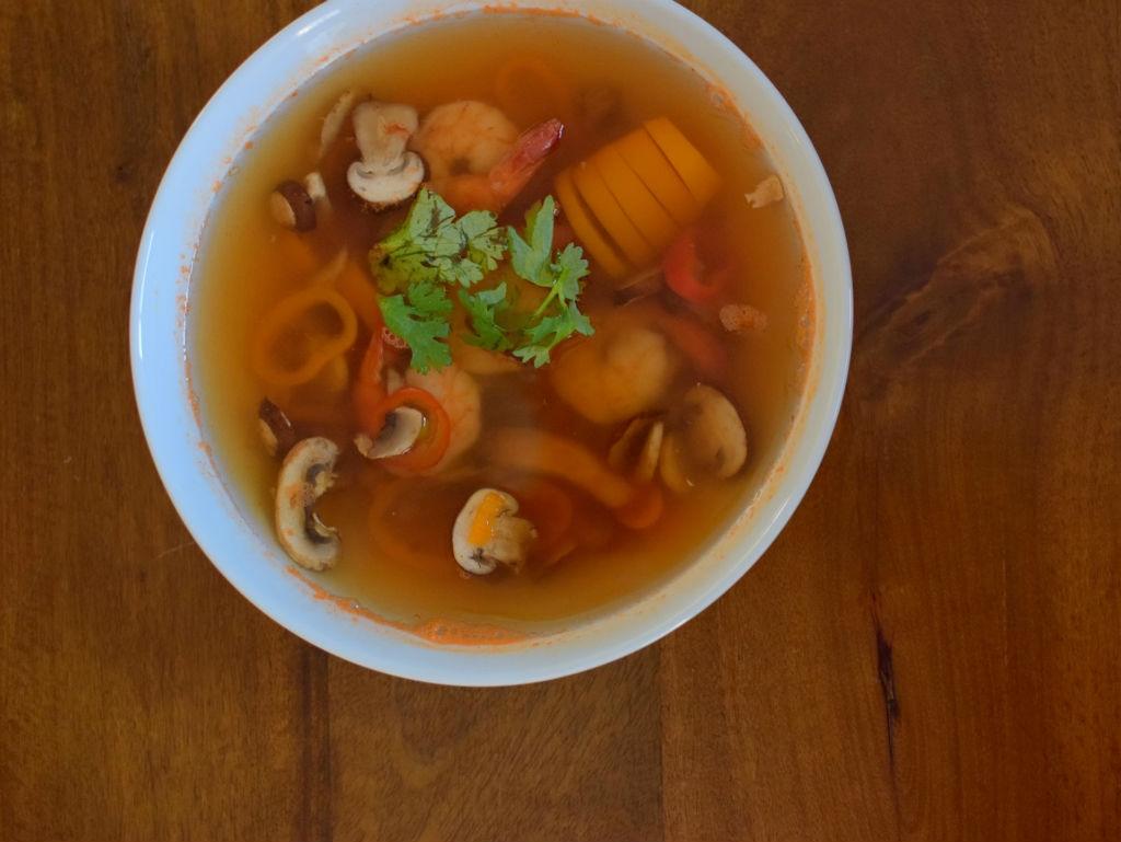 spicy-thai-lemongrass-shrimp-soup-009