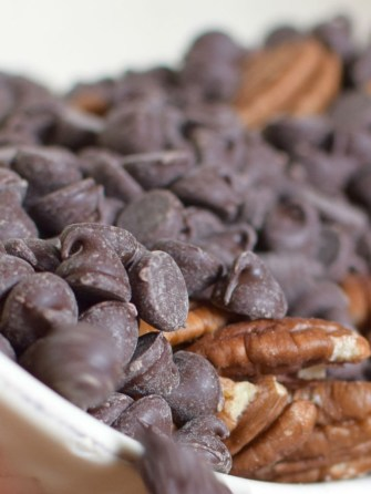 chocolate-bourbon-pecan-phyllo-pie-010