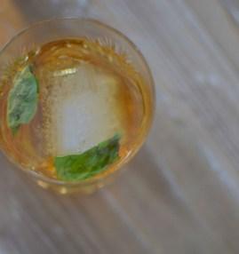 Basil Bourbon Creme-005