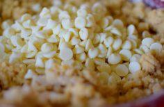 White Chocolate Macadamia Cookies-005
