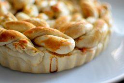 Pretzel Apple Pie-024