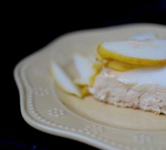 Salted Caramel Pear Cream Pie-012