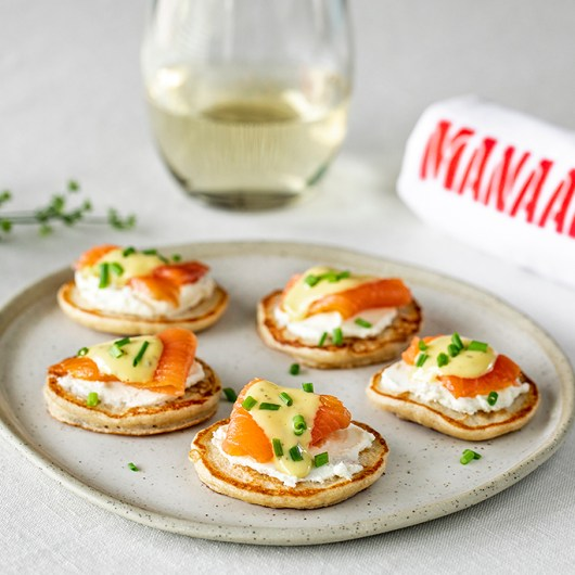Smoked Salmon Blinis with Lemon Sauce