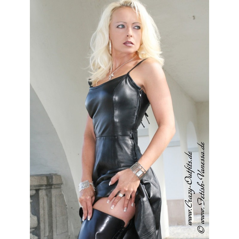 Dress Back Long Black