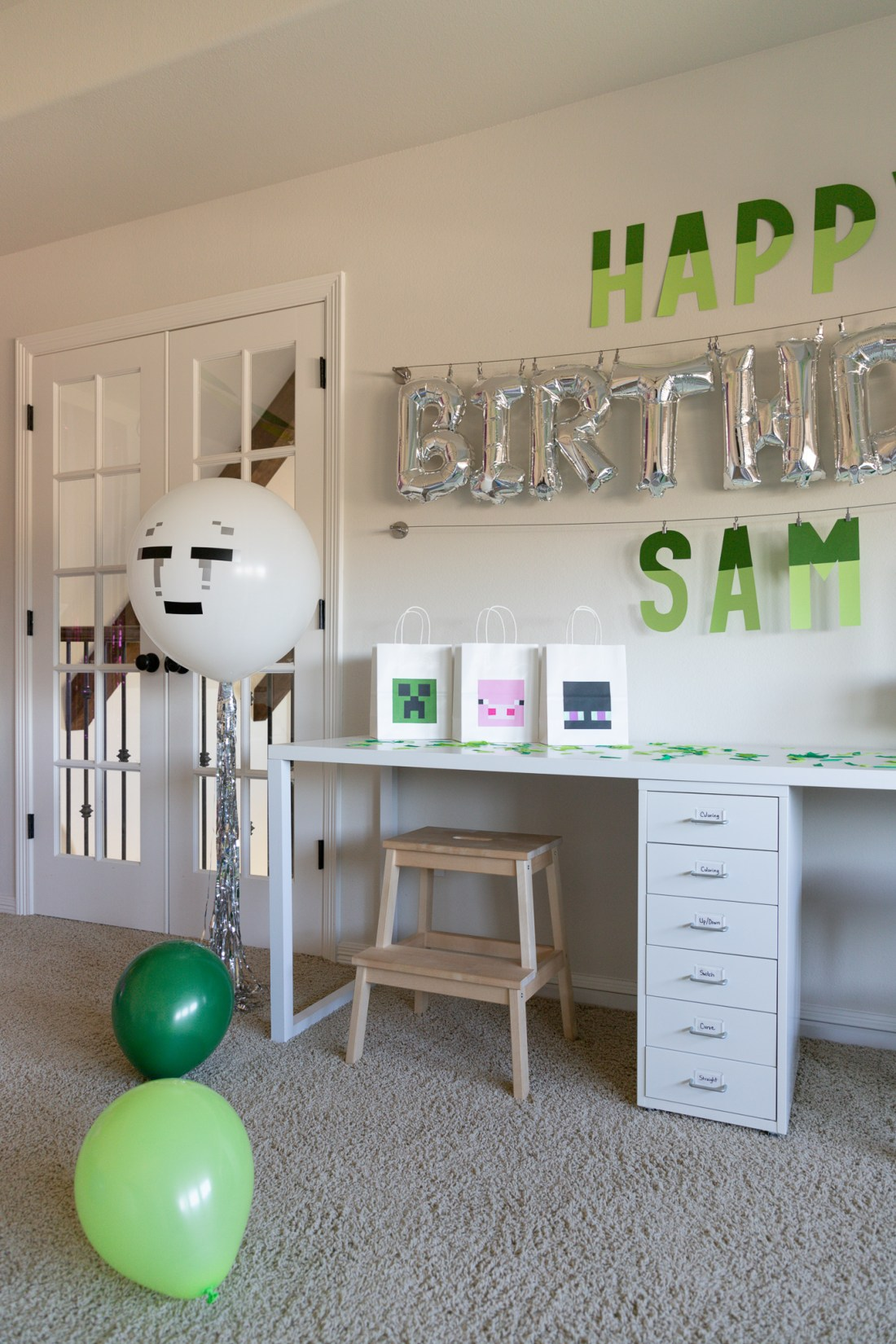 Minecraft Decoration Ideas For Birthday from i2.wp.com