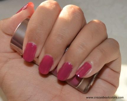 Lakme 9 to 5 Nail enamel Berry Business