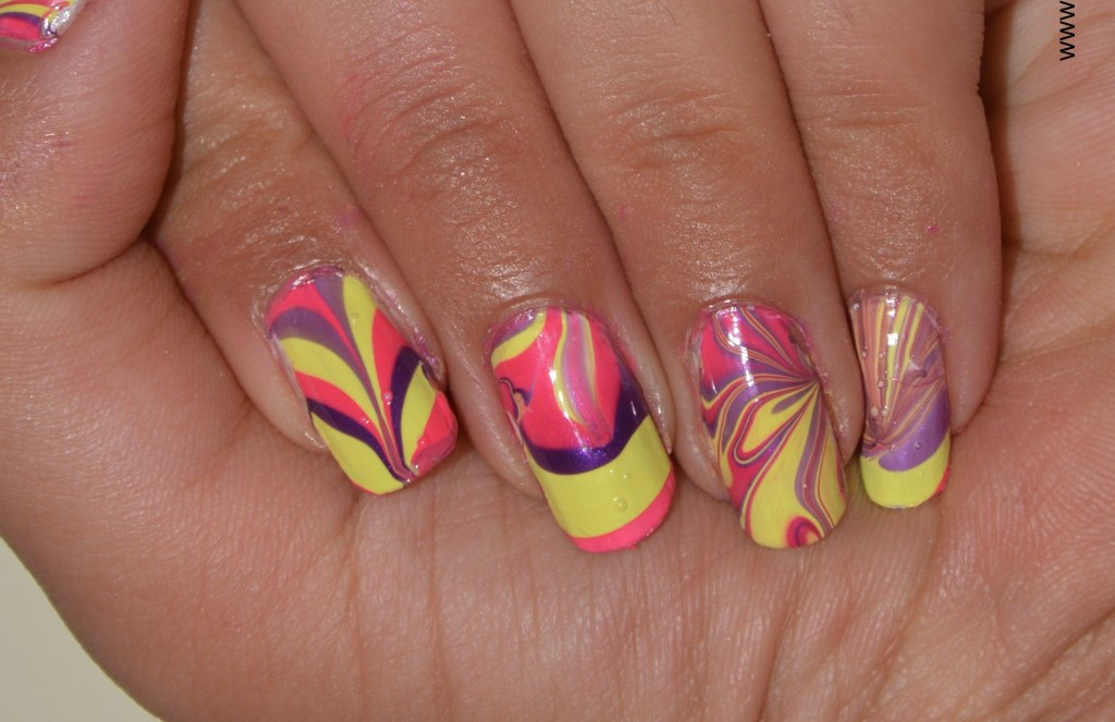Water marble nail art: NOTD