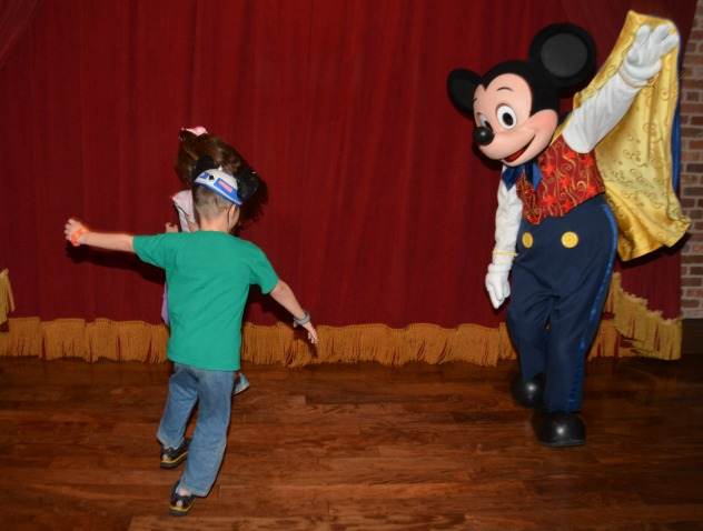 How to take a dream vacation to Disney on the cheap