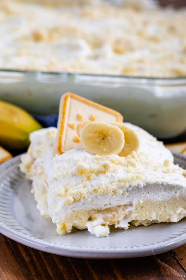 slice of banana pudding recipe on white plate