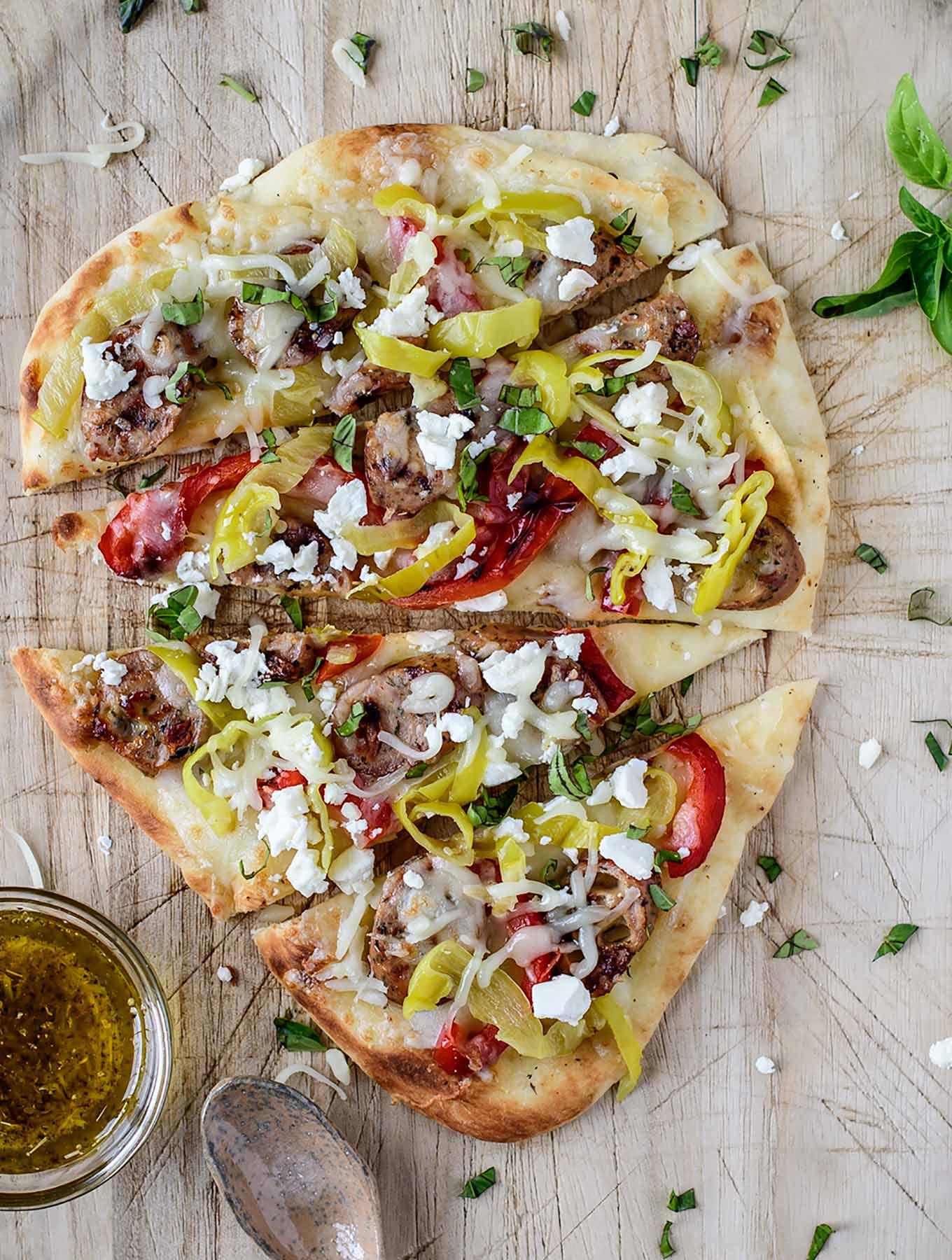 Mediterranean Flatbread Pizza - Mediterranean diet recipes