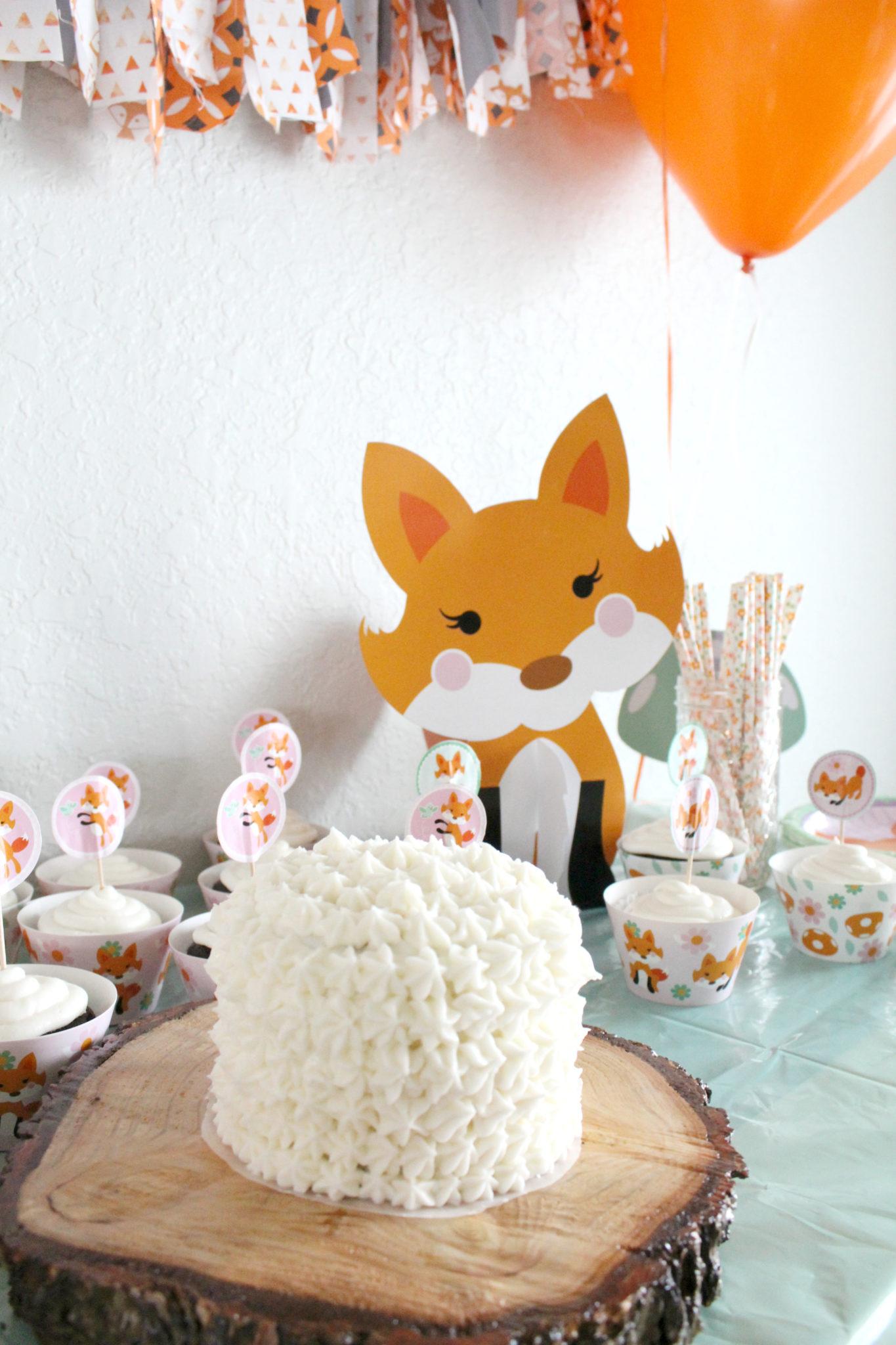 diy smash cake, easy vanilla cake recipe, homemade buttercream icing, first birthday