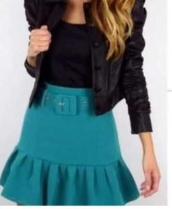Falda verde con cinturón